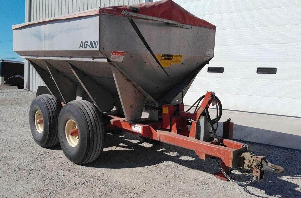 AG800 Ag Systems Fertilizer Spreader