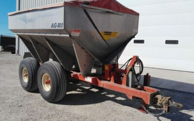 AG800 Ag Systems Fertilizer Spreader